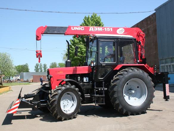 Погрузка трактора МТЗ-82 манипулятором - YouTube